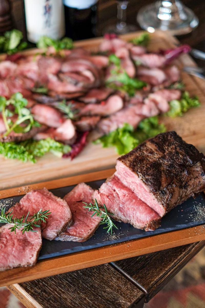 熟成肉バル BISTECA